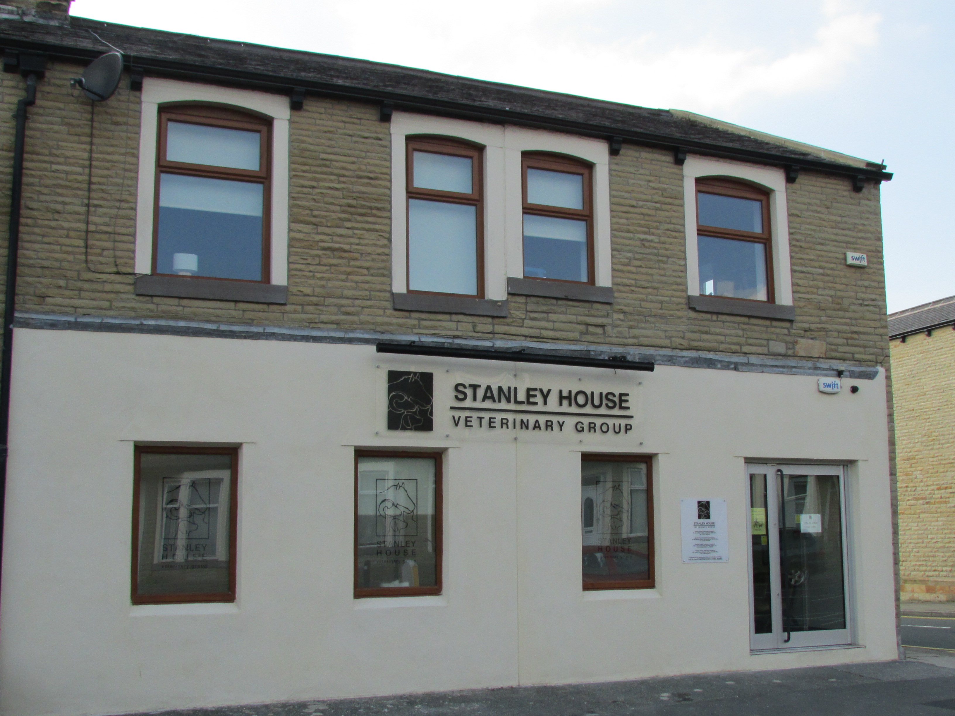Stanley House Vets Burnley Exterior